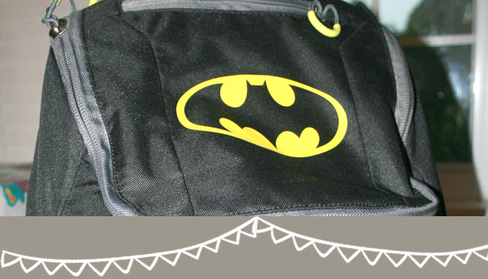 Learn how to personalize a plain backpack using vinyl with this tutorial from www.hunnyimhomediy.com
