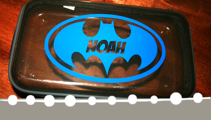 Learn how to personalize a plain pencil box using vinyl with this tutorial from www.hunnyimhomediy.com