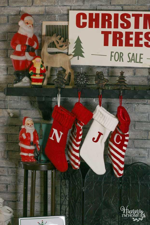 Take A Peek At My Farmhouse Christmas Decorations Hunny I M Home