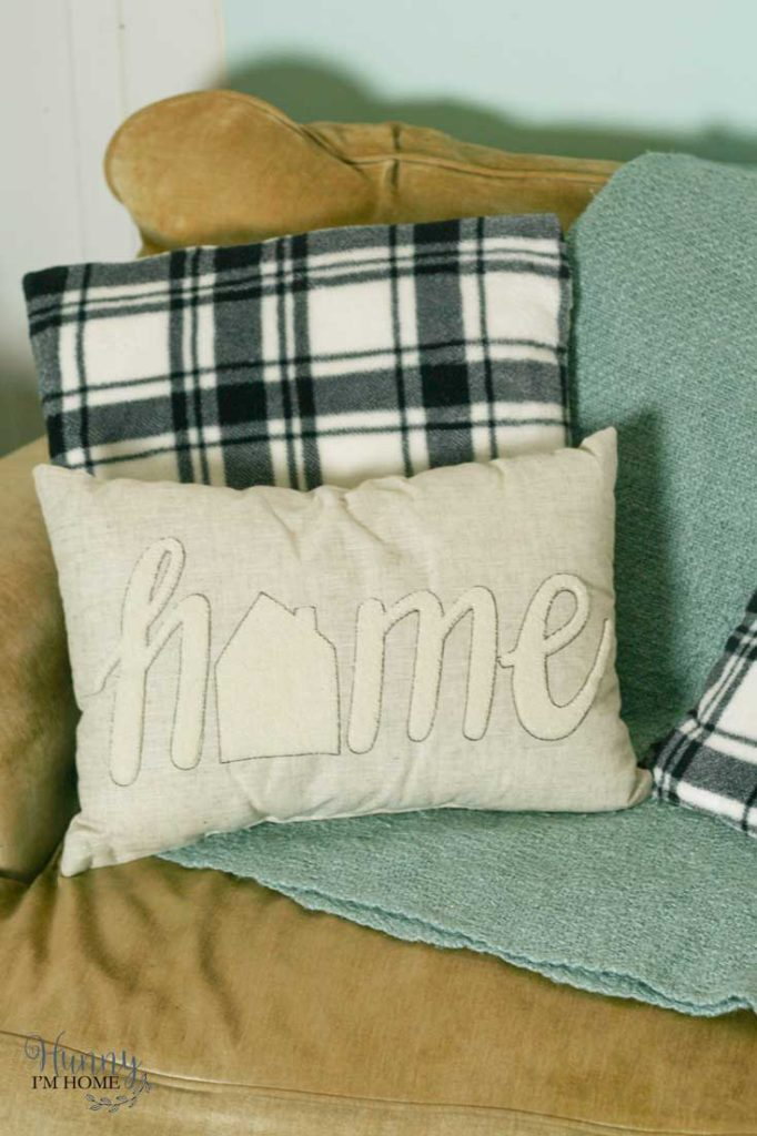 Simple Diy No Sew Pillow Covers Hunny I M Home