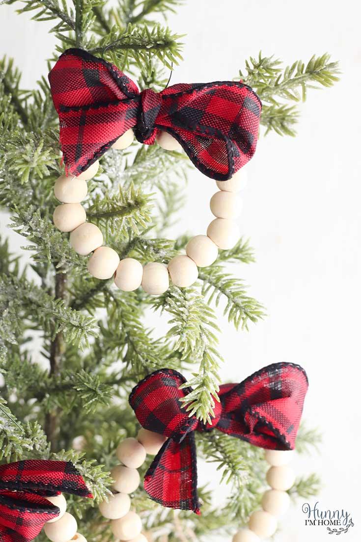 Easy Diy Wreath Ornaments For Your Farmhouse Christmas Tree